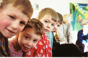 KidsPeering (2)